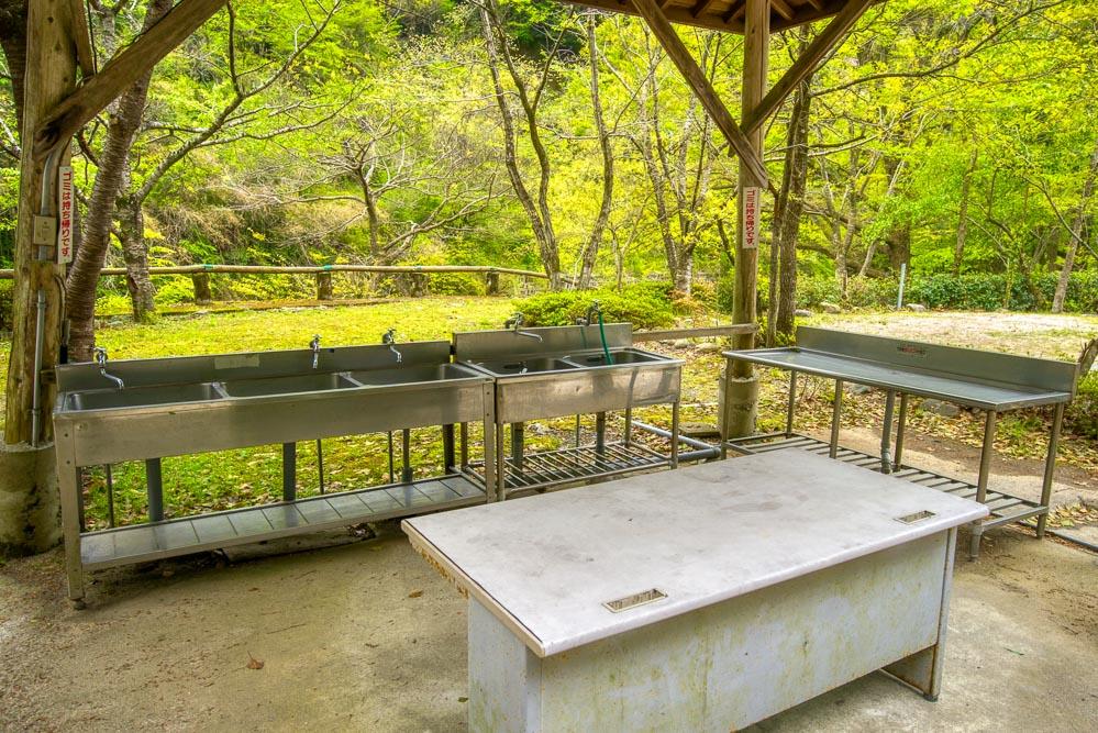 須川家族村オートキャンプ場 炊事棟2