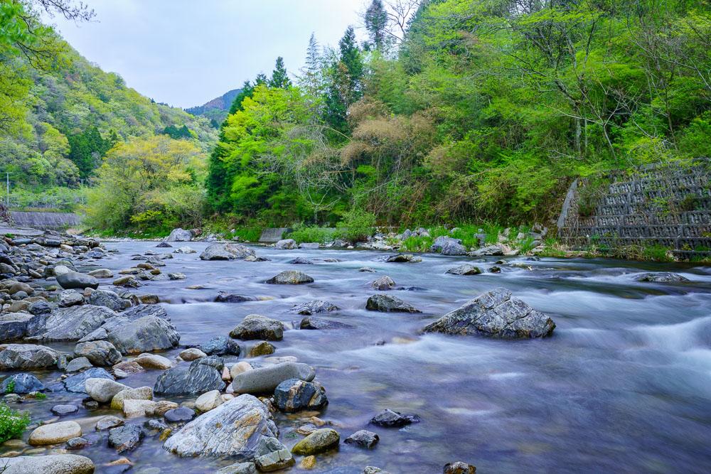 須川家族村オートキャンプ場 宇佐川上流側