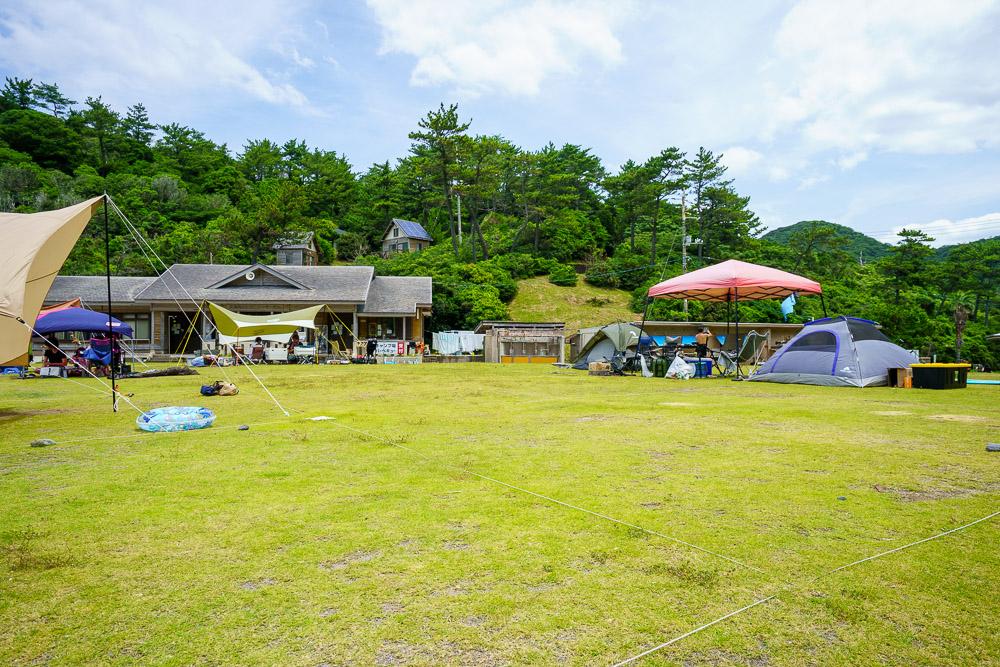 青海島キャンプ村 区画サイト