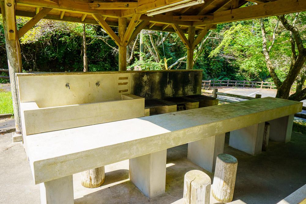 桂木山麓緑地自然公園村キャンプ場 炊事場