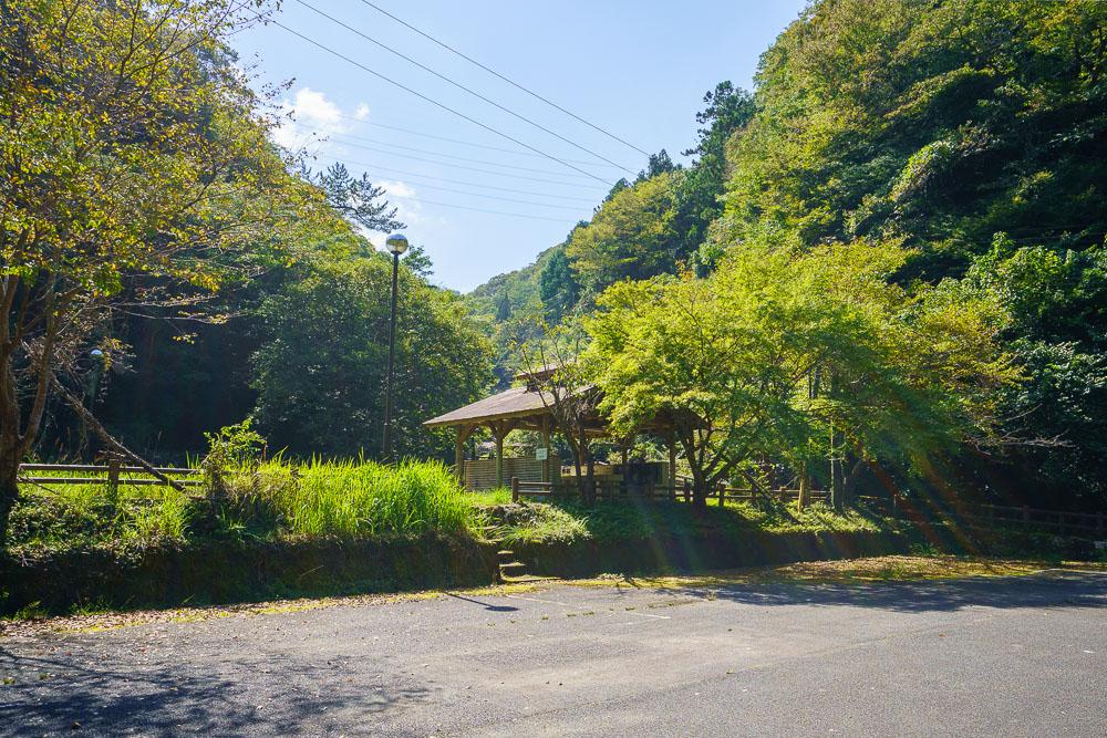桂木山麓緑地自然公園村キャンプ場 駐車場